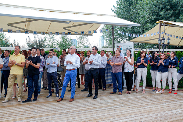 Ghirlanda de hartie personalizata petrecere 20 ani Termoport